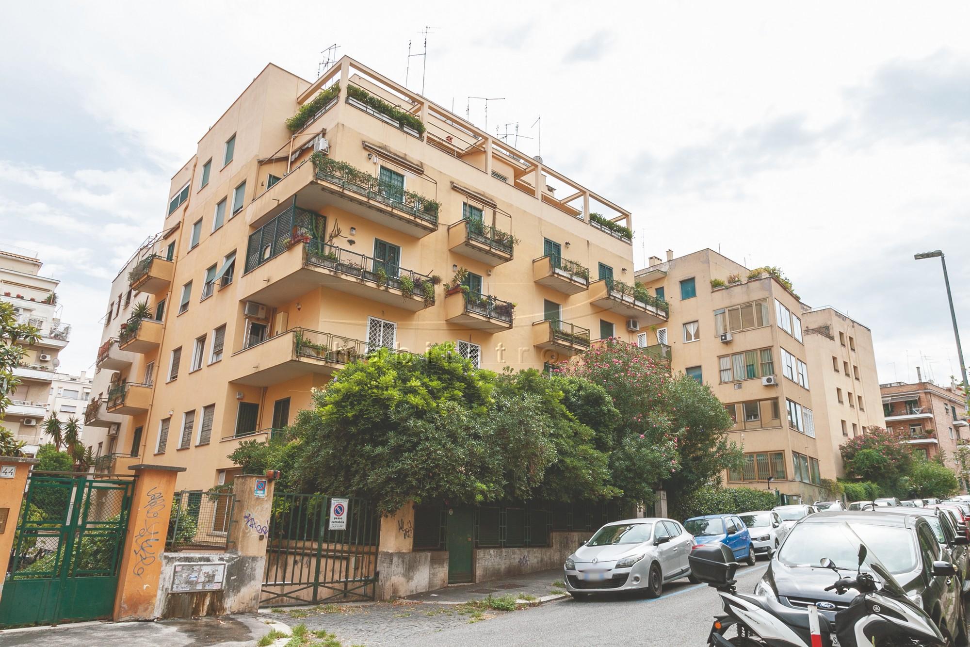 Via-Rocca-Sinibalda-01-1